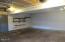 3690 NE 40th St, Neotsu, OR 97364 - Garage