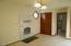 831 NE Lakewood Dr, Newport, OR 97365 - Master bedroom