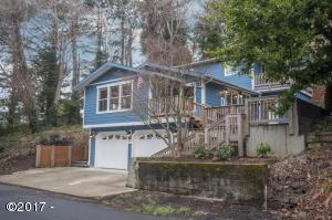 785 SW 29th St, Lincoln City, OR 97367 - Desirable Southern Exposure