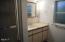 1720 Hwy 101 N, Yachats, OR 97498 - Bathroom
