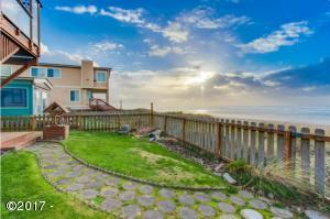 5318 SW Pacific Coast Highway, Waldport, OR 97394 - Oceanfront and Spectacular!