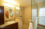 859 SW 8th St., Lincoln City, OR 97367 - Master bath shower