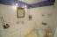 809 SW 10th St, Lincoln City, OR 97367 - Guest Bathroom