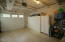 809 SW 10th St, Lincoln City, OR 97367 - Garage