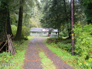 17340 Wilson River Hwy, Tillamook, OR 97141 - Entrance & front of house