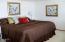 507 Alpine St, 303, Newport, OR 97365 - Master Suite