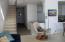 507 Alpine St, 303, Newport, OR 97365 - Living Room