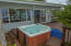 809 SW 10th St, Lincoln City, OR 97367 - Hot Tub
