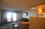 171 SW US-101, 118, Lincoln City, OR 97367 - Living Room