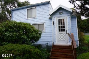 2110 NE 28th Street, Lincoln City, OR 97367 - Exterior