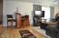 914 N Slick Rock Creek Rd, Otis, OR 97368 - Living Room