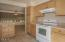 600 Island Dr., 6, Gleneden Beach, OR 97388 - Kitchen & Dining