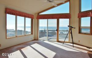 6452 NE Neptune Dr, Lincoln City, OR 97367 - Living room with a view!