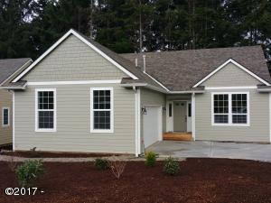 4161 SE Inlet Ave, Lincoln City, OR 97367 - front
