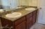4171 SE Inlet Ave, Lincoln City, OR 97367 - Master bathroom