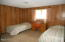 28190 Briggs Hill Rd, Eugene, OR 97405 - Bedroom 3