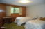 28190 Briggs Hill Rd, Eugene, OR 97405 - Master Bedroom