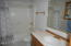 2702 NW Mast Ave, Lincoln City, OR 97367 - Master Bathroom