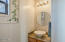 4250 Dallas Ave, Neskowin, OR 97149 - Powder Room