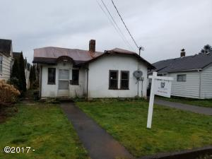 1006 Ivy, Tillamook, OR 97141 - Front of Home