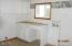 10045 S Prairie Rd, Tillamook, OR 97141 - Laundry