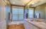 5710 SW Barnacle Ct, Newport, OR 97366 - Master Bath