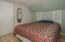 170 Laurel St, Gleneden Beach, OR 97388 - Bedroom 1 - View 2