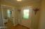 335 Kinnikinnick Way, Depoe Bay, OR 97341 - Interior Entry