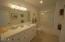 335 Kinnikinnick Way, Depoe Bay, OR 97341 - Master Bathroom