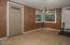 170 Laurel St, Gleneden Beach, OR 97388 - Dining Room - View 3