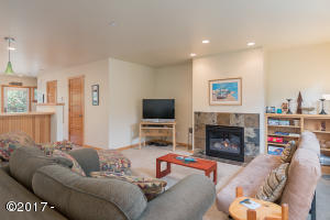 5902 Barefoot Lane, Pacific City, OR 97135 - 5902Barefoot-01