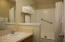 171 SW Hwy 101, 304, Lincoln City, OR 97367 - Full Bathroom