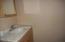11943 Hwy 20, Toledo, OR 97391 - Master Bath