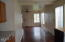 896 SE Gaither Way, Toledo, OR 97391 - Dining area