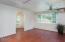 42 N Bass Ct, Otis, OR 97368 - Living room
