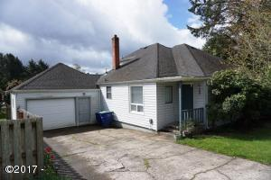 2508 NE Holmes Rd, Lincoln City, OR 97367 - Exterior Photo