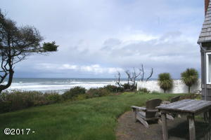 161 NW Kansas, Yachats, OR 97498 - Oceanfront Beach Cottage