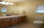 2915 SW Beach Ave, Lincoln City, OR 97367 - Master bathroom
