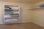 2915 SW Beach Ave, Lincoln City, OR 97367 - Master bedroom closet