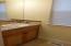 2915 SW Beach Ave, Lincoln City, OR 97367 - Half bath