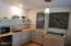 6250 SW Jetty Ave, Lincoln City, OR 97367 - Stylish kitchen