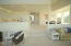 6034 Cupola Dr, South Beach, OR 97366 - Great Room