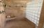 445 SE Bay Blvd, Newport, OR 97365 - Master shower