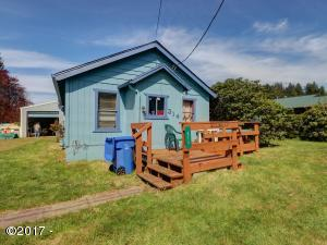 314 E Swan Ave, Siletz, OR 97380 - Front of House