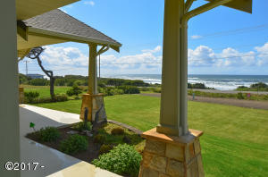 3385 SW Pacific Coast Hwy, Waldport, OR 97394 - Ocean view