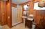 6510 Pacific Avenue, Pacific City, OR 97135 - Bath