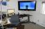 210 SW Strawberry Lane, Waldport, OR 97394 - Unit #1 living room