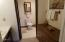 1415 NW 31st Pl, 367, Lincoln City, OR 97367 - Master bath