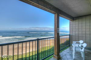 325 Lancer St. #37, Gleneden Beach, OR 97388 - Patio View