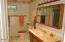 556 Fairway Dr, Gleneden Beach, OR 97388 - Second Bathroom
